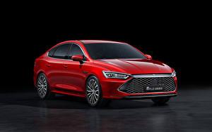 Hintergrundbilder Rot Metallisch Chinesische BYD Qin Plus, 2021 auto