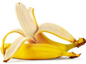 Bilder Bananen Großansicht Weißer hintergrund 2 Lebensmittel