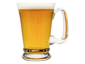 Bilder Bier Becher Schaum Weißer hintergrund Lebensmittel