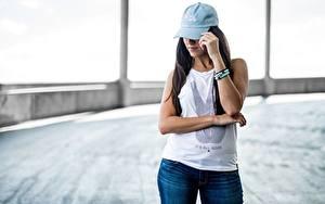 Fotos Bokeh Brünette Baseballmütze Hand T-Shirt
