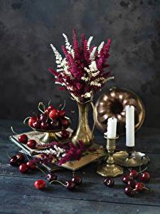 Fotos Sträuße Kerzen Kirsche Bretter Vase Lebensmittel Blumen