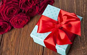 Fotos Schleife Rot Geschenke Schachtel