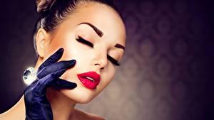 Fotos Brillant Gesicht Rote Lippen Schminke Hand Handschuh Mädchens