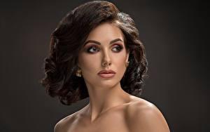 Fotos Braunhaarige Gesicht Blick Schminke Model junge Frauen