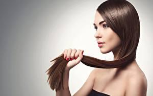 Bureaubladachtergronden Bruin haar vrouw Model Prachtige Make up Haar Jonge_vrouwen
