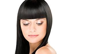 Hintergrundbilder Brünette Frisuren Schminke Weißer hintergrund junge frau