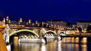 Hintergrundbilder Budapest Ungarn Haus Brücken Flusse Nacht Straßenlaterne Städte