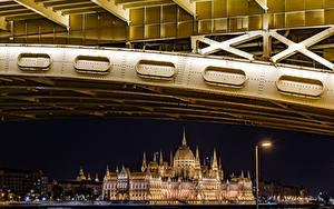 Hintergrundbilder Budapest Ungarn Gebäude Palast Nacht Straßenlaterne