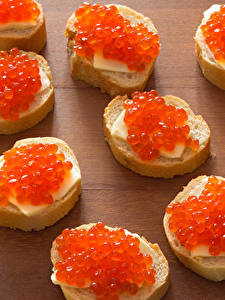 Hintergrundbilder Butterbrot Meeresfrüchte Rogen Brot Bretter das Essen