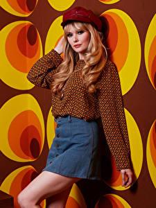 Bilder Carla Monaco Blond Mädchen Rock Blick Mädchens