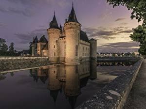 Desktop hintergrundbilder Burg Frankreich Sully-sur-Loire Städte