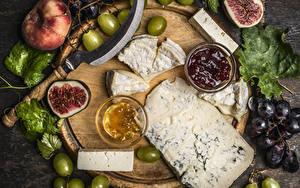 Hintergrundbilder Käse Weintraube Echte Feige Pfirsiche Powidl Schneidebrett