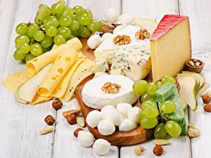 Hintergrundbilder Käse Schalenobst Weintraube Bretter Geschnitten Lebensmittel