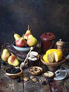 Hintergrundbilder Käse Birnen Schalenobst Brombeeren Warenje Bretter Weckglas das Essen
