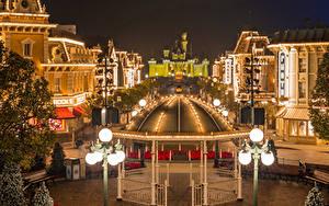 Hintergrundbilder China Hongkong Disneyland Park Haus Abend Design Straßenlaterne Bank (Möbel) Städte