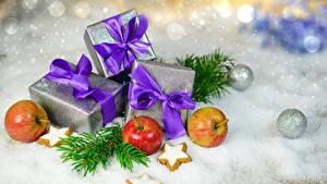 Bilder Neujahr Äpfel Kekse Geschenke Schleife Schnee Kugeln Lebensmittel