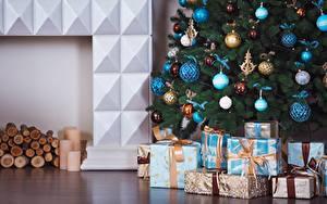 Bilder Neujahr Kugeln Geschenke Christbaum