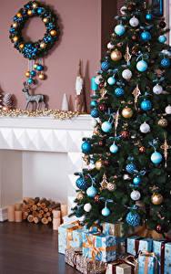 Hintergrundbilder Neujahr Weihnachtsbaum Kugeln Geschenke