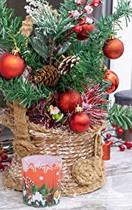 Fotos Neujahr Weihnachtsbaum Kugeln Zapfen