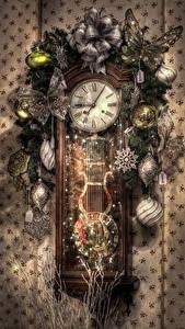 Images Christmas Clock Butterflies Branches Balls Snowflakes HDR