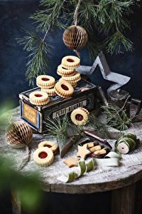 Bilder Neujahr Kekse Ast Kleine Sterne das Essen