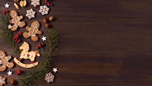 Hintergrundbilder Neujahr Kekse Haselnuss Beere Ast Vorlage Grußkarte