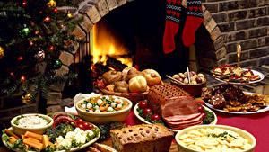 Bilder Neujahr Feiertage Servieren Backware Süßware Gemüse Schinken Keks Socken