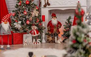 Bilder Neujahr Weihnachtsmann Christbaum sportliches