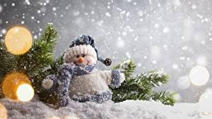 Hintergrundbilder Neujahr Schnee Ast Schneemänner