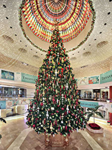 Bilder Neujahr USA Innenarchitektur Christbaum Kugeln Decke (Bauteil) South Coast Plaza