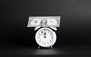 Hintergrundbilder Uhr Geld Geldscheine Dollars Wecker