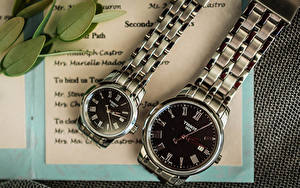 Fotos Uhr Armbanduhr Zwei Tissot 1853