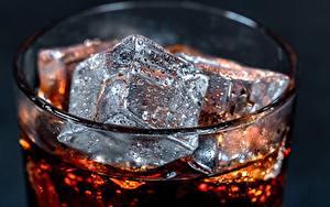 Hintergrundbilder Hautnah Coca-Cola Eis Tropfen Trinkglas das Essen