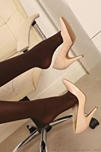 Hintergrundbilder Hautnah Bein High Heels Strumpfhose junge frau