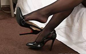 Hintergrundbilder Hautnah Bein Stöckelschuh Strumpfhose junge Frauen