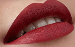 Bilder Großansicht Rote Lippen Zähne