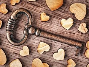 Bureaubladachtergronden Van dichtbij Valentijnsdag Hartje Sleutel