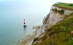 Bilder Küste Leuchtturm England Felsen English Channel, East Sussex, Beachy Head Lighthouse