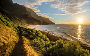 Hintergrundbilder Küste Gebirge Sonnenaufgänge und Sonnenuntergänge Landschaftsfotografie Ozean Hawaii Wolke Sonne Kalalau