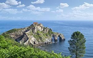 Hintergrundbilder Küste Meer Insel Spanien Felsen San Juan de Gaztelugatxe