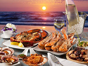 Picture Coast Seafoods Lobster Wine Sunrises and sunsets Picnic Stemware Sun Food