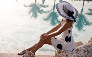 Image Coast Sitting Hat Dress