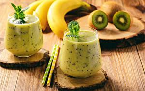 Hintergrundbilder Cocktail Chinesische Stachelbeere Bananen Bretter Trinkglas 2 Lebensmittel