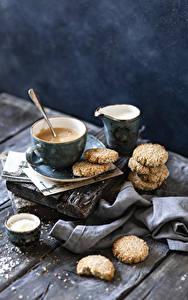 Bilder Kaffee Cappuccino Kekse Milch Bretter Tasse das Essen