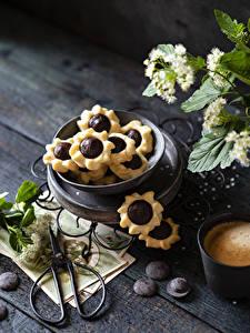Hintergrundbilder Kekse Schokolade Bretter das Essen