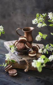 Hintergrundbilder Kekse Blühende Bäume Bretter Kannen Ast Lebensmittel