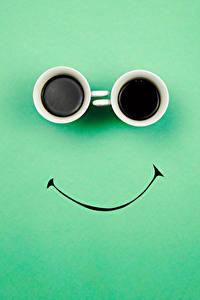 Bilder Originelle Kaffee Farbigen hintergrund Tasse 2 Lebensmittel