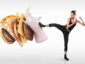 Desktop hintergrundbilder Originelle Hamburger Pizza Speiseeis Käse Frikadelle Weißer hintergrund Brünette Gesunde Ernährung Bein Schlagen junge frau Lebensmittel