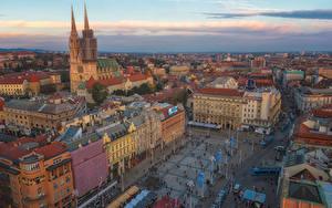 Bilder Kroatien Zagreb Haus Platz Turm Von oben Jelacic Square Städte