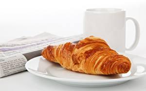Hintergrundbilder Croissant Nahaufnahme Teller Becher das Essen